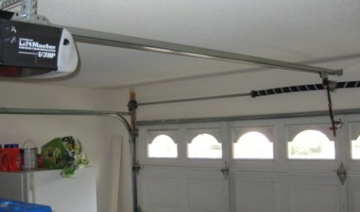 Check the services provided by the online door repairing company