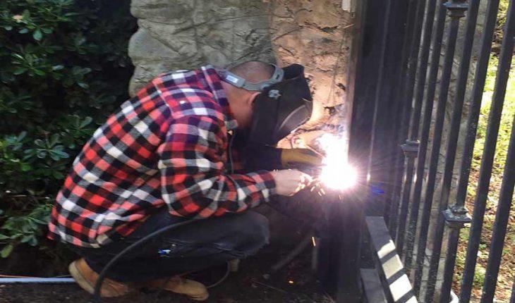 gate repair Monterey Park